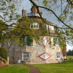 A La Ronde-16eckiges Haus