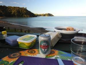 Abendessen in verschwiegener Bucht