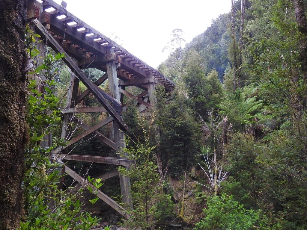 Brücke über den Queen River